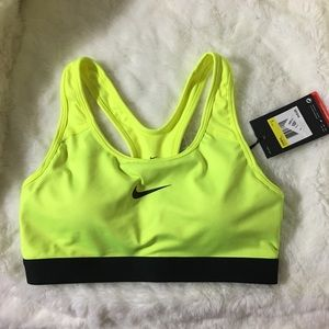 Nike Intimates & Sleepwear - Women's Nike Pro Classic Padded sports bra